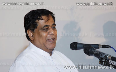 Criticism+is+welcome+says+Minister+Nimal+Siripala+