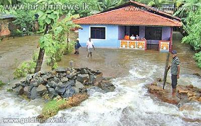 Badulu+%26+Malwathu+rivers+overflow%3B+Railway+activity+on+upcountry+track+hampered