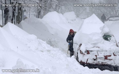 Blizzard+paralyses+north-east+US+and+Atlantic+Canada