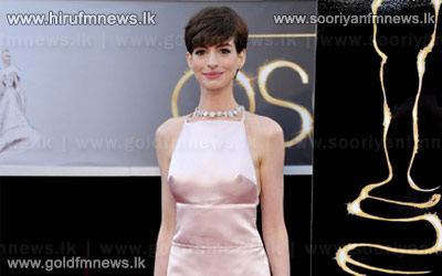 ++Anne+Hathaway+wins+best+supporting+actress