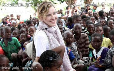 Malawi+Orphans+welcome+Madonna