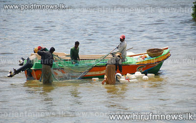 Coast+Guard+averts+clash+between+Indian+and+Sri+Lankan+fishermen+++