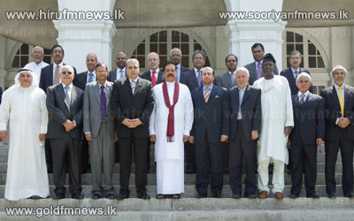 Diplomatic+Heads+of+Islamic+countries+meets+President.+++