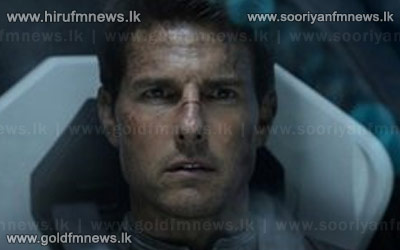 Oblivion+cruises+to+top+of+UK+box+office+chart