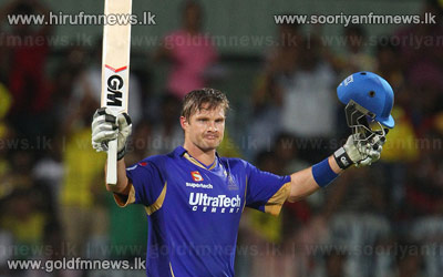 Watson+hits+the+1st+ton+of+the+IPL