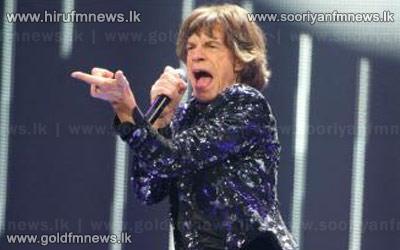 Sir+Mick+Jagger+-+Rolling+Stones+Score+Glittering+Reviews+For+Glastonbury+Festival