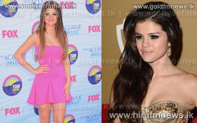 Selena+Gomez+launches+fashion+collection.