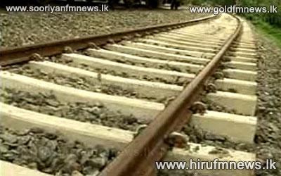 Train+delay+on+Colombo-Kandy+track