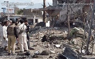 41+die+in+Pakistan+bombs+blasts.+
