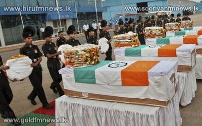 India+blames+Pakistan+for+Kashmir+killings