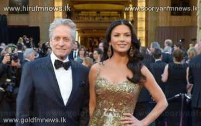 Michael+Douglas+and+Catherine+Zeta+Jones+take+time+apart+from+each+other