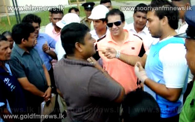Video+%3A+MP+Namal+Rajapakse+and+MP+R+Dumindha+Silva+inspect+the+massive+housing+complex+constructed+for+low+income+earners+in+Dematagaoda.