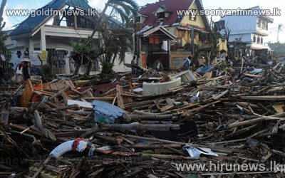 600+thousand+people+evacuated+as+typhoon+nears+Vietnam+++