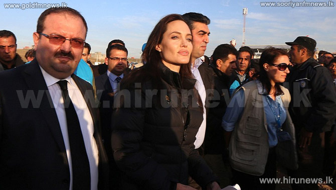 Angelina+Jolie+Visits+Iraqi+Refuge+Camp%2C+Meets+With+ISIS+Victims.