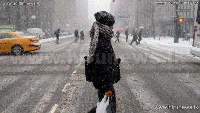 %27Historic%27+blizzard+strikes+US+northeast
