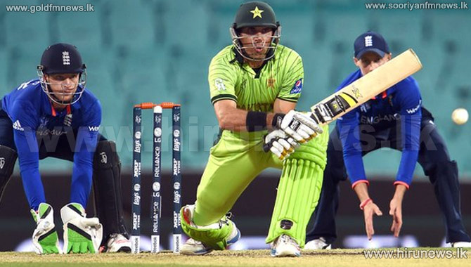 Misbah-ul-Haq+stars+in+tense+warm-up+victory