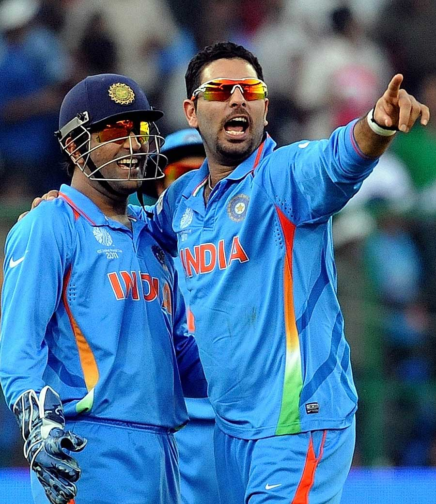 Yuvraj%27s+father+blames+Dhoni+for+his+non-selection+in+World+Cup+team