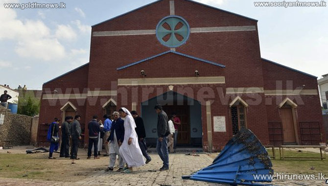Deadly+blasts+hit+Pakistan+churches+in+Lahore