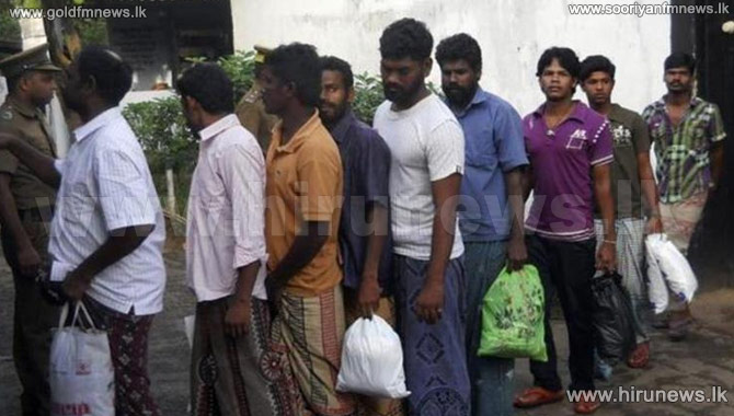 54+Indian+fishermen+who+crossed+in+to+Sri+Lankan+waters+arrested