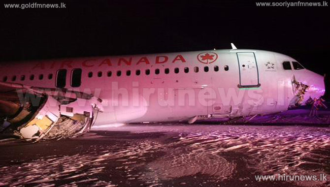 Air+Canada+plane+crashes+on+runway