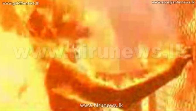 Body+of+elder+found+in+burnt+house+in+Angunakolapelessa