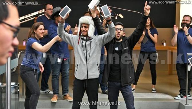 iPhone+launch+generates+excitement%2C+frustration