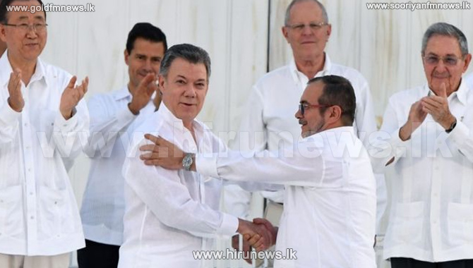 Historic+Colombia+peace+deal+agreement+is+signed