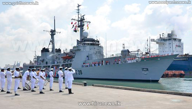 Bangladeshi+naval+ships+on+a+goodwill+visit+to+SL+