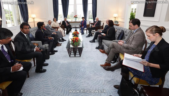 NZ+Finance+Minister+pledges+to+support+Sri+Lankan+economy