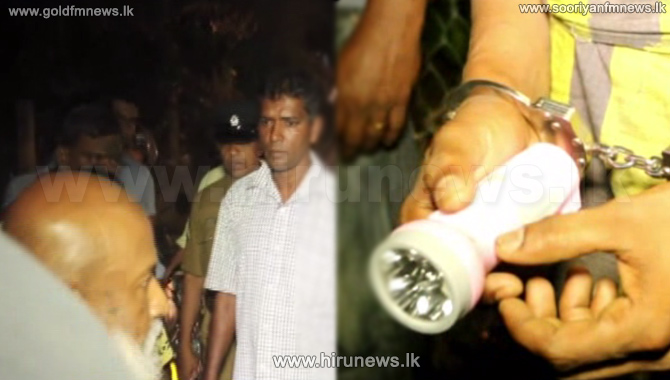 Tense+situation+in+Ganemulla+following+arrested+of+a+man+