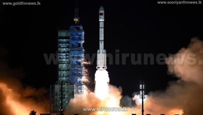 China%27s+Shenzhou+11+blasts+off+on+space+station+mission