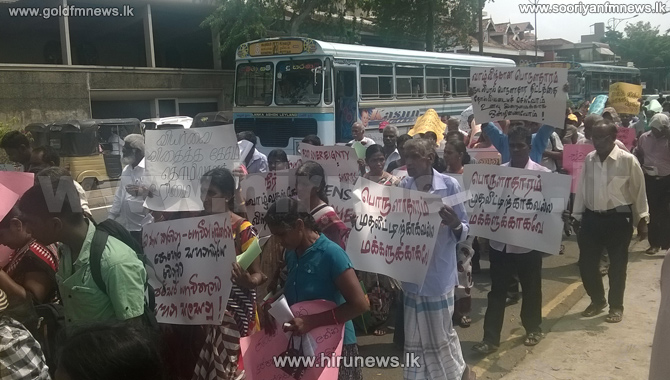 Heavy+traffic+in+Colombo+as+fishermen+protest+