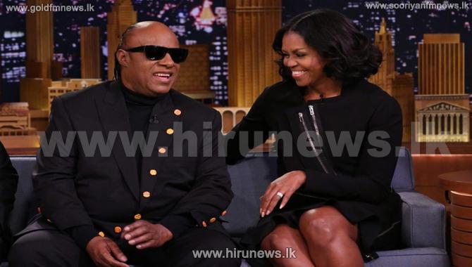 Stevie+Wonder+serenades+Michelle+Obama+on+TV