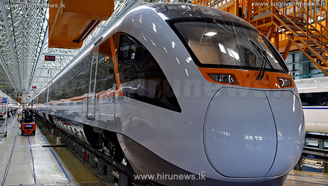Largest-power+Hybrid+Locomotive+Experiment+Begins+in+China