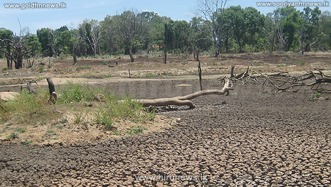 Dry+weather+affects+9+districts%3BA+loss+of+150+billion+rupees+likely+to+incurred+due+to+the+drought+