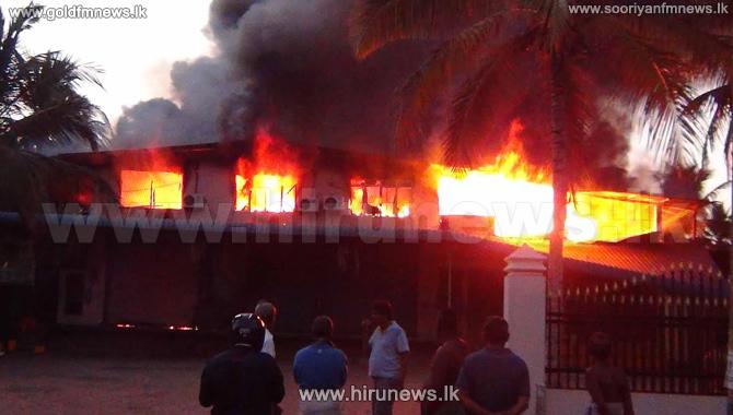 Fire+erupts+in+a+storage+unit+in+Madampe