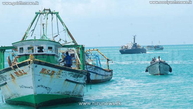 The+4+fishermen+stranded+in+Kalpitiya+sea+safely+back+on+land