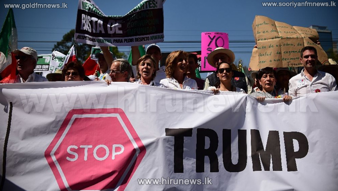 Thousands+of+Mexicans+protest+against+Trump