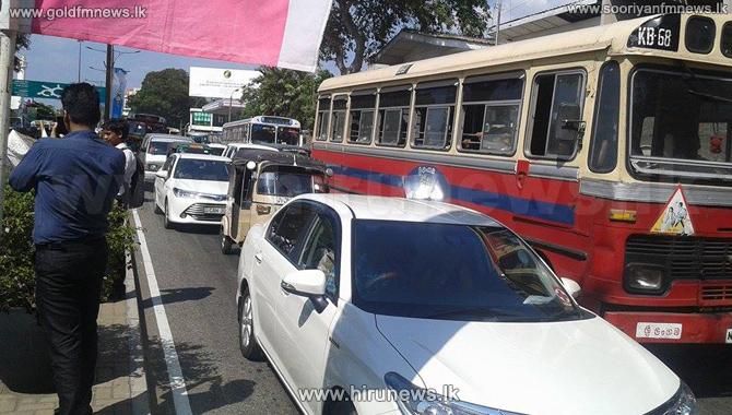 Heavy+traffic+in+Meethotamulla+area+