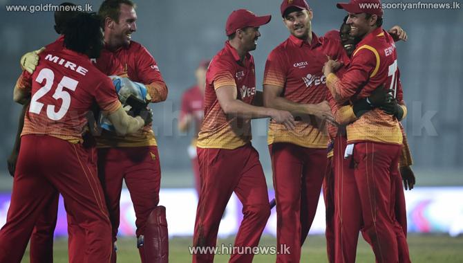 Thisara%27s+lone+battle+not+enough+to+save+Sri+Lanka