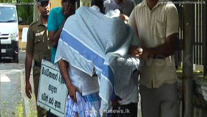 Six+persons+remanded+over+stealing+%27Ranamayura+Medal%27
