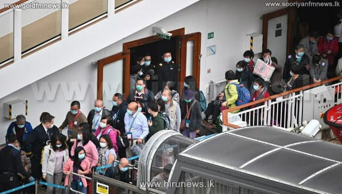 Thousands+on+cruise+ship+allowed+to+disembark+after+tests