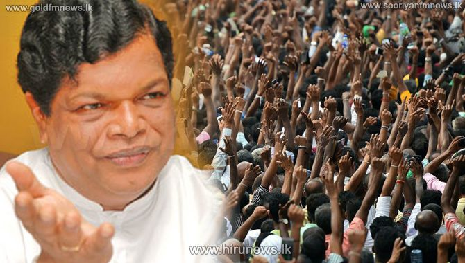 SEVERAL+PROTESTS+STAGED+AT+GALLE+FACE+TODAY+AS+WELL%2C+MINISTER+BANDULA+MAKES+A+PROPOSAL+TO+THE+AGITATORS