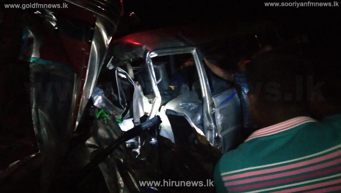 5+killed+in+an+accident+in+Omanthai%2C+21+injured