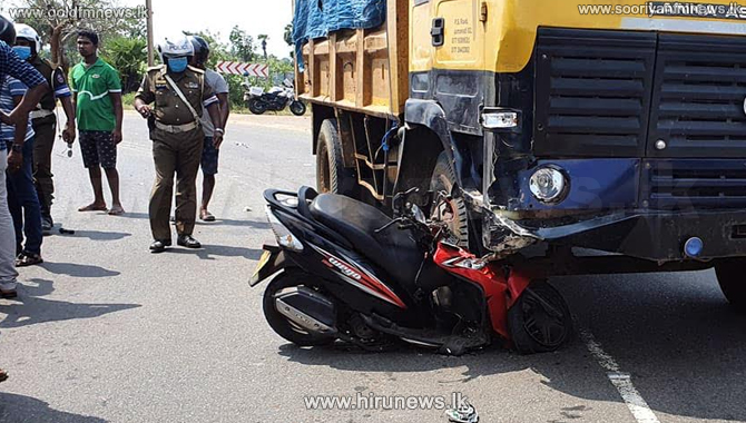 Woman+killed+in+road+accident+on+the+Paranthan+-+Pooneryn+main+road+