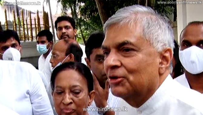 If+the+government+is+ready+I+am+willing+to+debate+on+behalf+of+the+people+-+Ranil+Wickremesinghe+%28Video%29