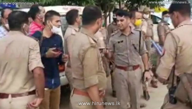 Eight Indian police officers killed