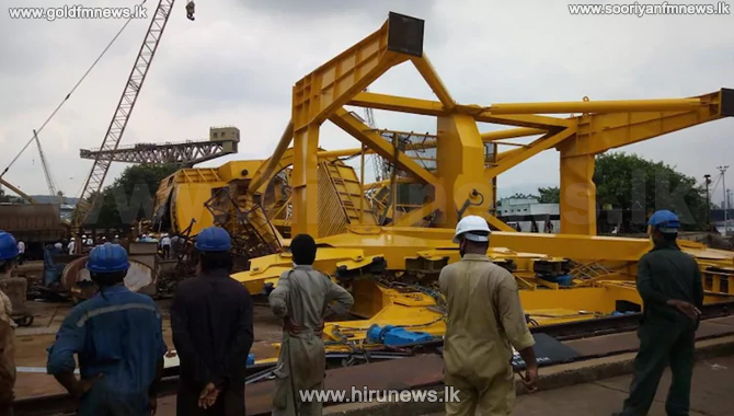 10+workers+dead+in+crane+collapse+in+Visakhapatnam
