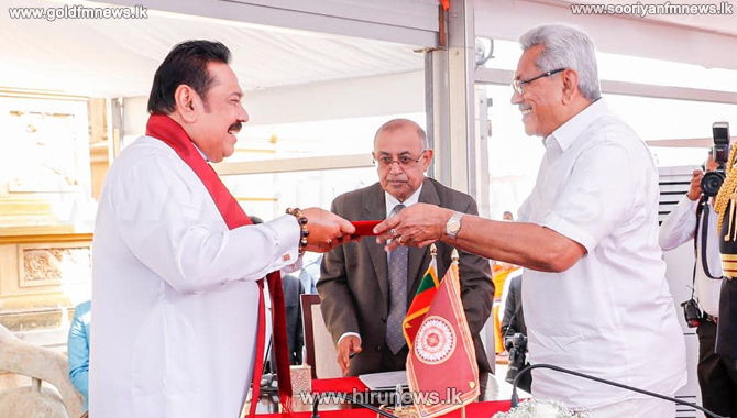 Mahinda Rajapaksa takes oaths as 13th prime minister (video/pictures)