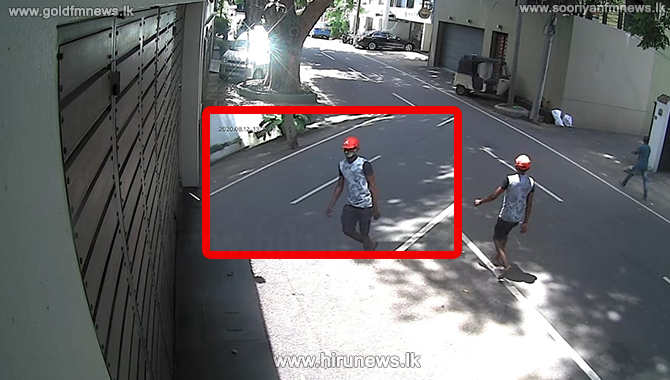 Daylight robbery of three-wheeler captured in CCTV (video)